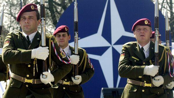 Soldados eslovacos - Sputnik Mundo