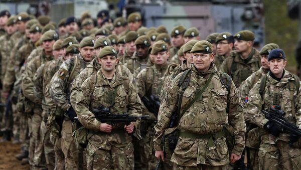 Las tropas de la OTAN - Sputnik Mundo