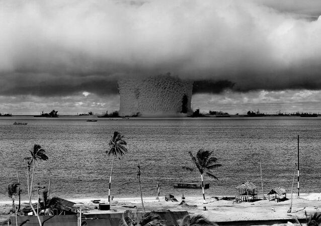 Una prueba nuclear realizada por EEUU en el atolón Bikini, en 1946 (imagen referencial)