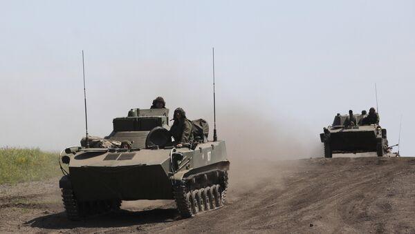 Внезапная проверка боевой готовности войск Центрального военного округа и ВДВ - Sputnik Mundo