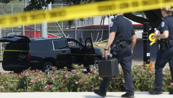Policía investiga el lugar del tiroteo en Virginia - Sputnik Mundo