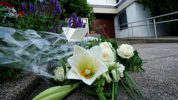 Las flores en homenaje del excanciller de Alemania, Helmut Kohl - Sputnik Mundo