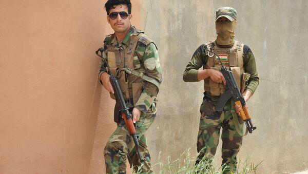Soldados de las fuerzas del Kurdistán iraquí - Sputnik Mundo