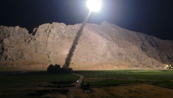 El ataque de Irán contra los terroristas en la provincia siria de Deir Ezzor - Sputnik Mundo