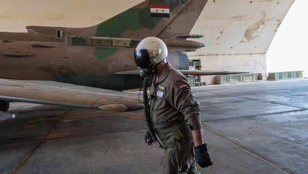 Un Su-22 sirio - Sputnik Mundo