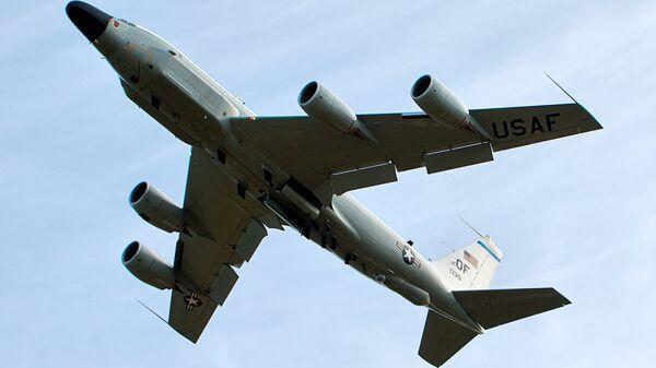 El avión estadounidense RC-135 - Sputnik Mundo