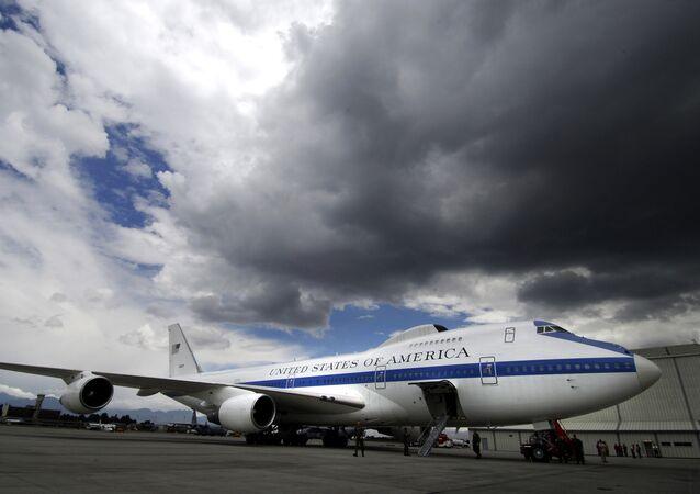 Boeing E-4B (archivo)