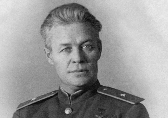 Vladímir Kokkinaki
