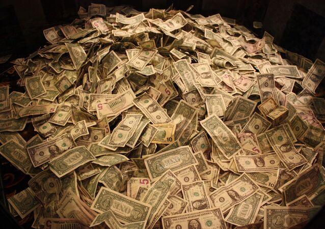 Un montón de dólares (imagen referencial)