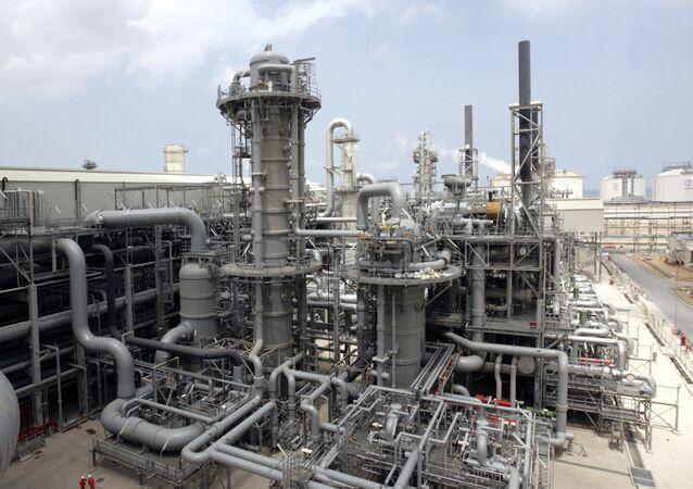 Producción del gas natural licuado (archivo)