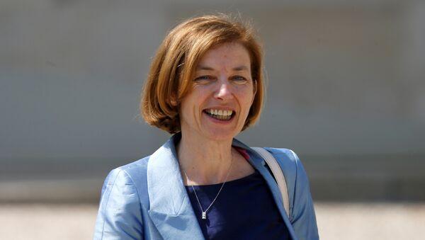 Florence Parly, ministra de Defensa de Francia - Sputnik Mundo