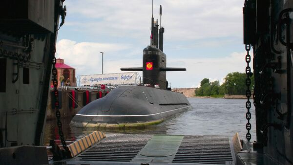 Sankt Peterburg, submarino diésel-eléctrico de la clase 677 Lada - Sputnik Mundo