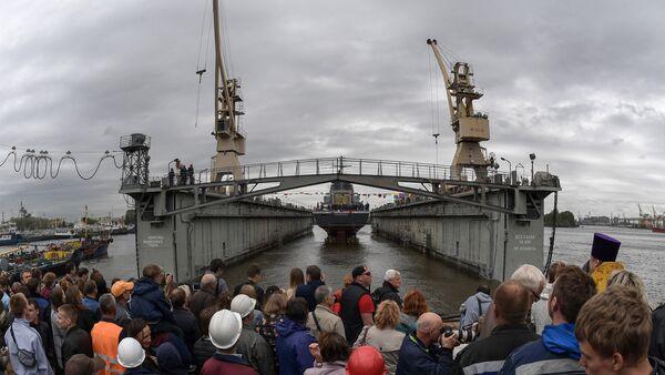 La botadura del destructor ruso Gremiaschi - Sputnik Mundo