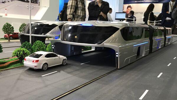 Transit Elevated Bus chino - Sputnik Mundo