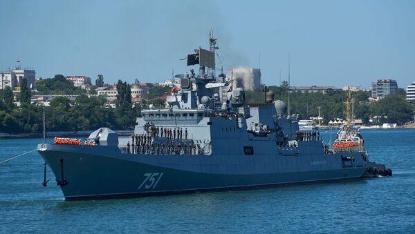 La legendaria fragata rusa que destrozó a Daesh en Siria vuelve a casa - Sputnik Mundo