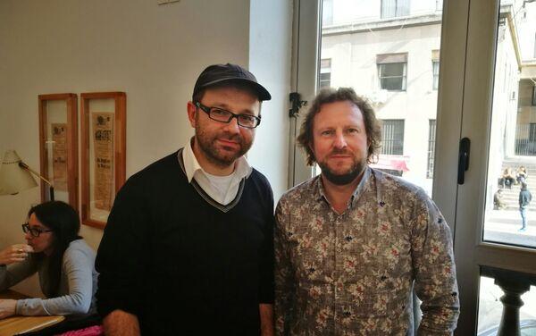 Roman Kuperschmidt, clarinetista, y Juri Gilbo, director de la Orquesta Rusa de Cámara de San Petersburgo - Sputnik Mundo