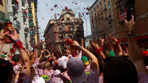 Fiesta de San Fermín an Pamplona, España - Sputnik Mundo