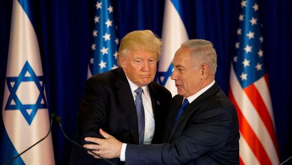 Donald Trump y Benjamin Netanyahu - Sputnik Mundo