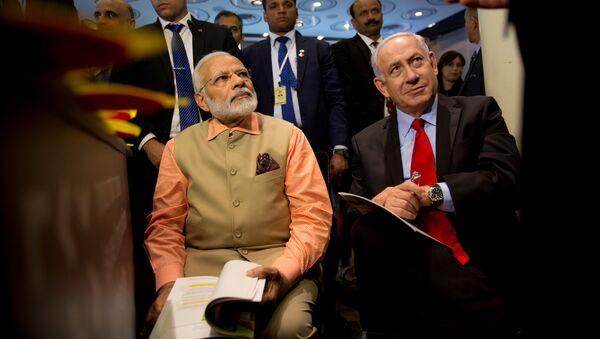 Narendra Modi y Benjamín Netanyahu - Sputnik Mundo