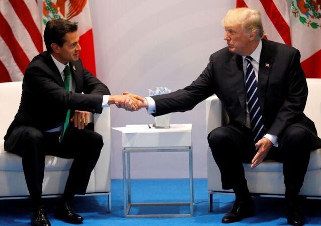 El presidente de Mexico Enrique Peña Nieto y el presidente de EEUU, Donald Trump (archivo)