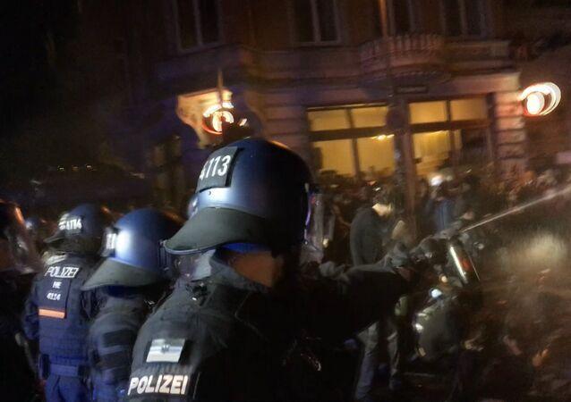 Intensas protestas en las calles de Hamburgo