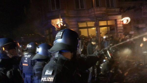 Intensas protestas en las calles de Hamburgo - Sputnik Mundo