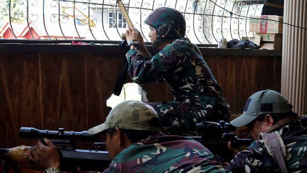 Militares filipinos en Marawi - Sputnik Mundo
