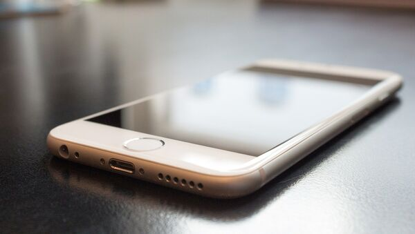 Un iPhone - Sputnik Mundo