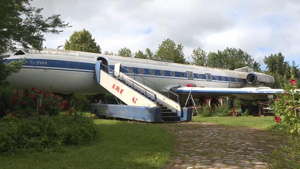 El antiguo avión soviético Tu-134 - Sputnik Mundo