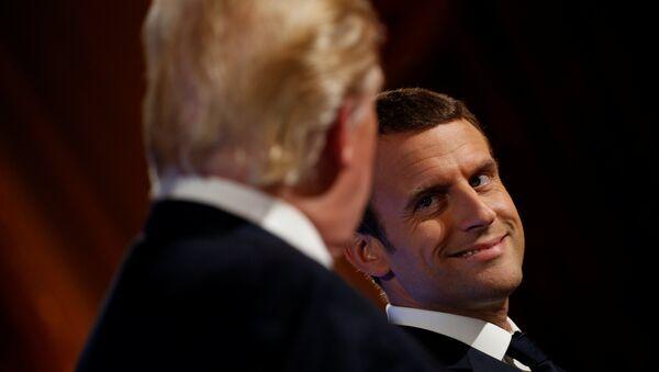 El presidente estadounidense, Donald Trump con su homólogo francés, Emmanuel Macron - Sputnik Mundo