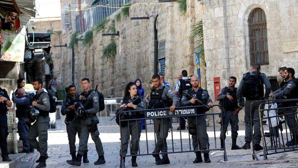 Policía israelí en el lugar del ataque en Jerusalén - Sputnik Mundo