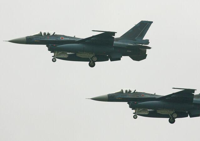 Cazas F-2 japoneses