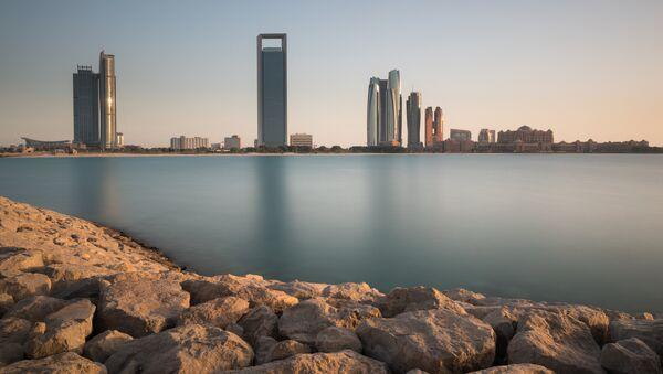 Abu Dabi, capital de Emiratos Árabes Unidos - Sputnik Mundo