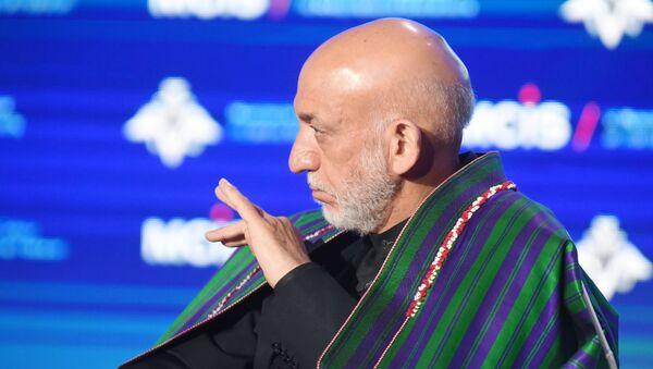El expresidente afgano Hamid Karzai - Sputnik Mundo