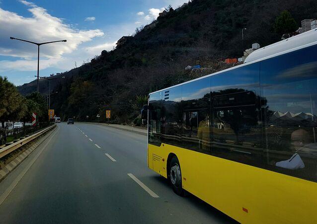 Un autobús (archivo)