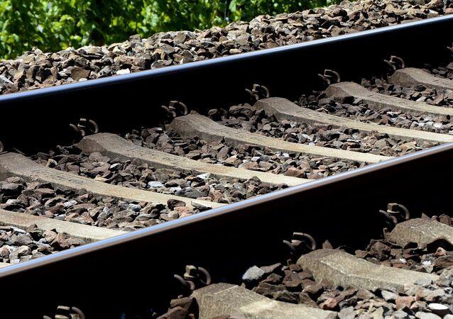 Un ferrocarril (archivo)