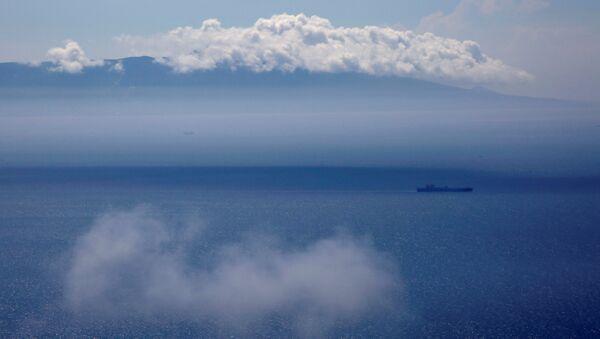 Un buque en el mar de Japón (imagen referencial) - Sputnik Mundo