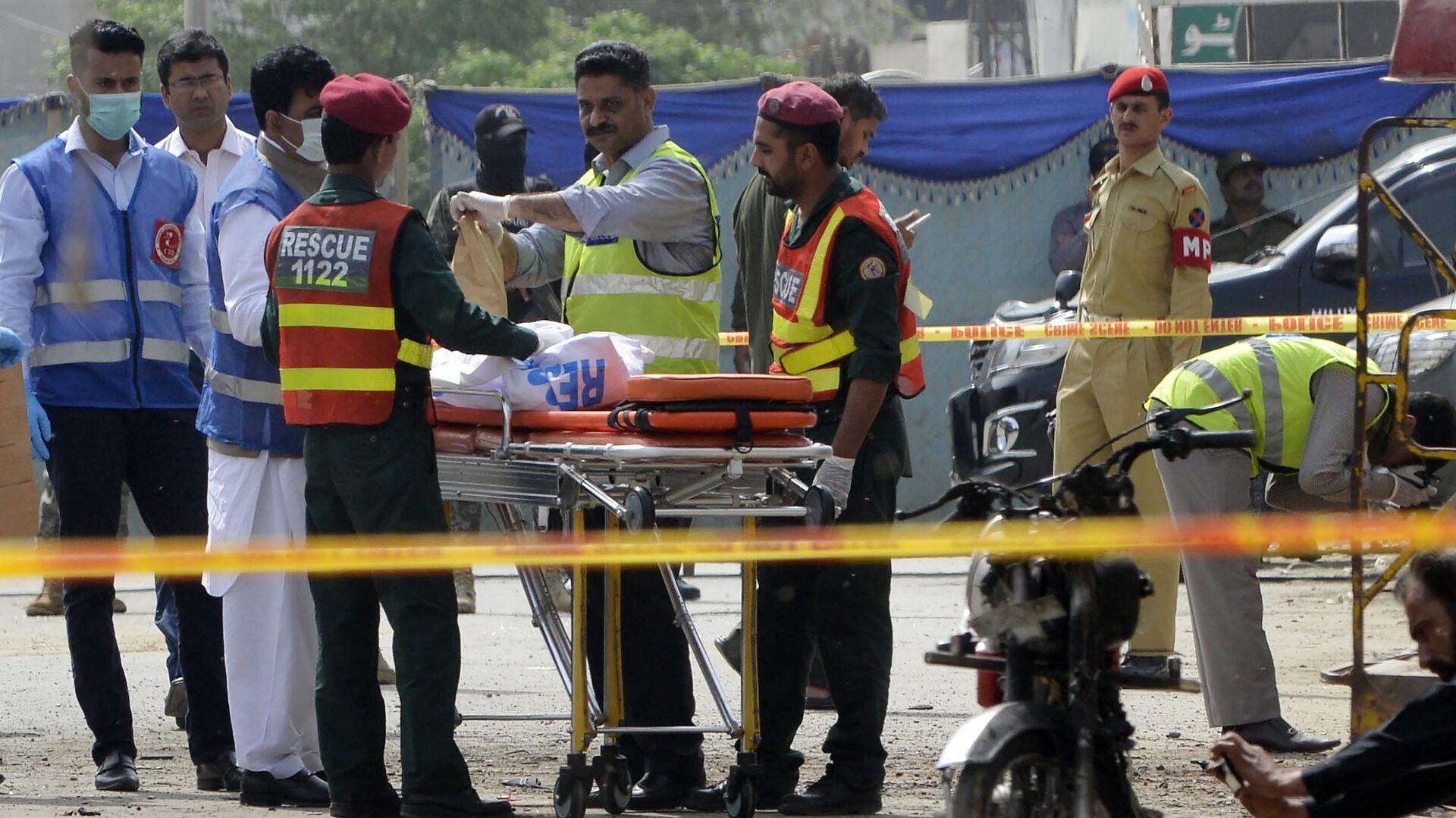El lugar de la explosión en Lahore, Pakistán - Sputnik Mundo, 1920, 08.08.2021