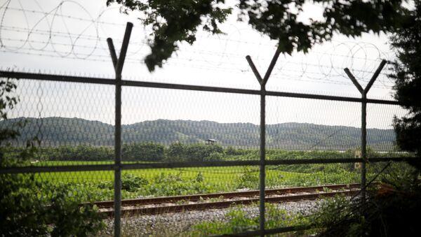 Frontera entre Corea del Norte y Corea del Sur - Sputnik Mundo