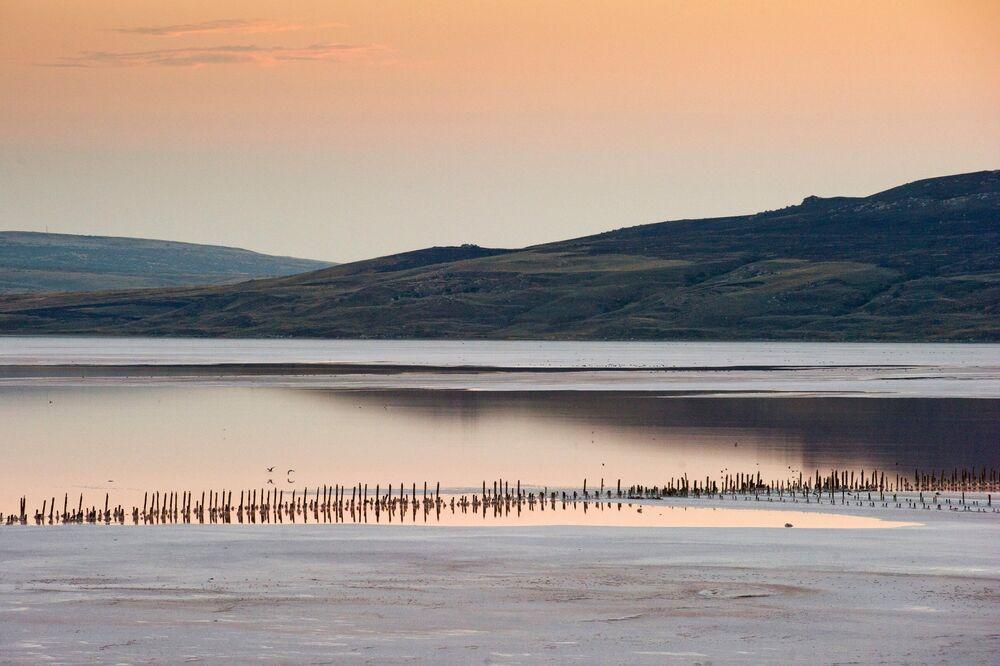 El lago Chokrak: así es el lodo curativo de Crimea