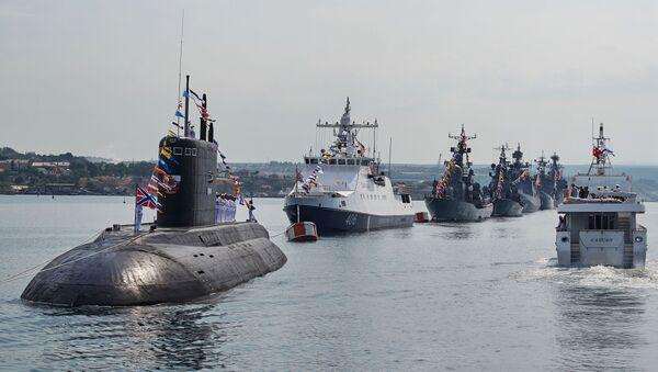 Sebastopol se prepara para el desfile en honor del Día de la Armada en Sebastopol - Sputnik Mundo