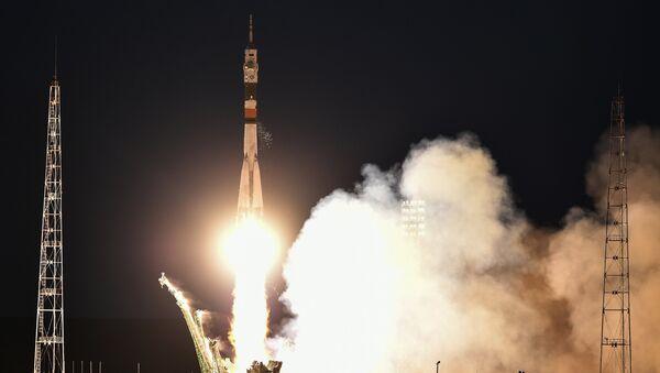 La tripulación del cohete portador Soyuz MC-05 - Sputnik Mundo
