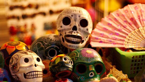 Calaveritas del Día de los Muertos en México (imagen referencial) - Sputnik Mundo