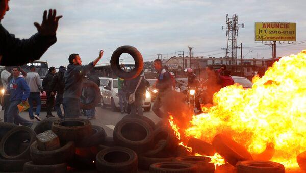 Protestas contra Michel Temer, presidente de Brasil, en Sao Paolo - Sputnik Mundo