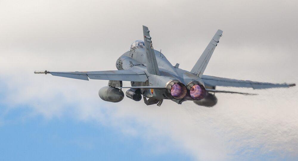Caza F-18 de fabricación estadounidense (imagen referencial)