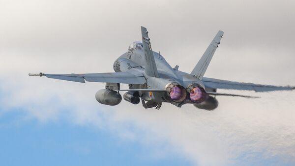 Caza F-18 de fabricación estadounidense (imagen referencial) - Sputnik Mundo
