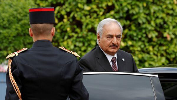 El comandante del Ejército libio, Jalifa Haftar - Sputnik Mundo
