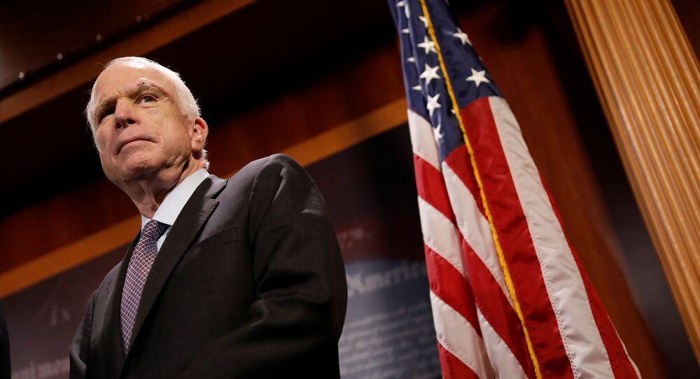 Senador de Arizona, John McCain