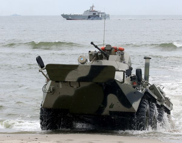 Ante la atenta mirada de la OTAN: maniobras de desembarco en Kaliningrado - Sputnik Mundo