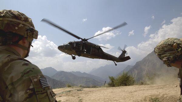 Un helicóptero militar de EEUU en Afganistán (archivo) - Sputnik Mundo